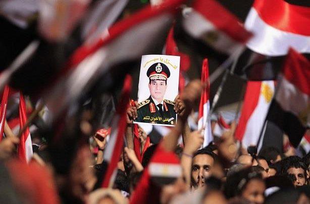 مشاركة المصريين في الاستفتاء انتصار