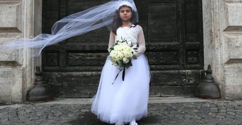زواج القاصرات يُحوِّل الفتيات الصغيرات إلى سلعة